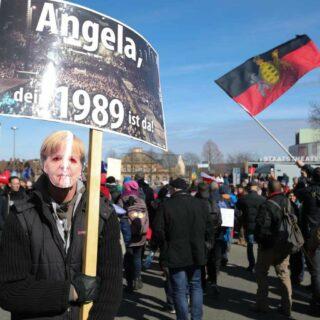Manifestation d'opposants aux restrictions sanitaires à Cassel (Hesse), le 20 mars 2021.